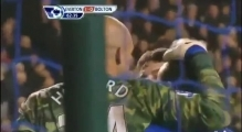 Tim Howard goal Vs Bolton 04.01.12