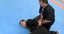 Self-Defence against an attacker with knife