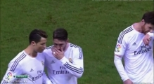 Cristiano Ronaldo was hit by a lighter - Atletico Madrid vs Real Madrid HD ( Copa Del Rey ) 2014