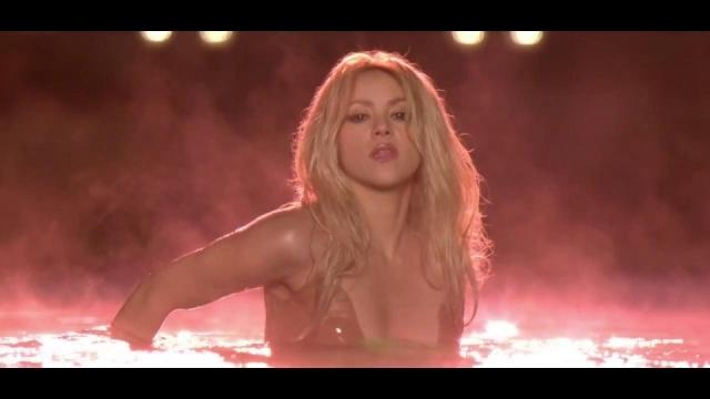 Shakira почти голая мнение